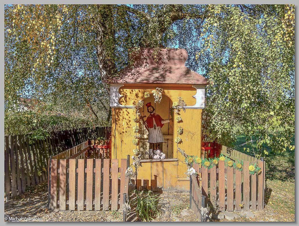 Uchanie pow. hrubieszowski, kapliczka z XIX w. z Janem Nepomucenem