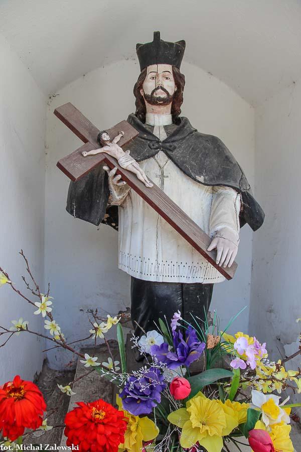 Kapliczka przydrożna ze św. Janem Nepomucenem w Hermanowej pow. rzeszowski