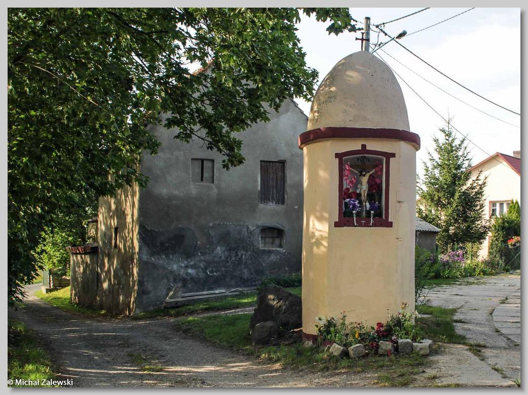 Kapliczka przydrożna w Słupie pow. jaworski