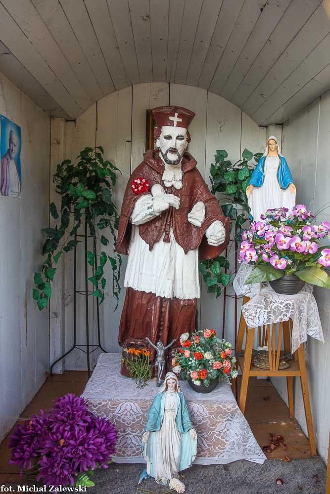 Ludowa rzeźba św. Jana Nepomucena w Przypisówce gm. Firlej